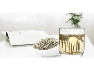 Beli čaj - skodelica antioksidantov