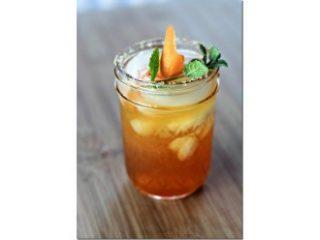 Čajni koktejl z Earl Greyom