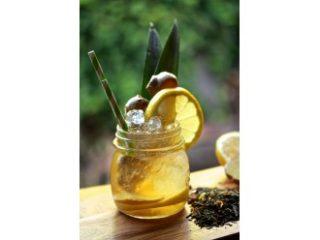 Čajni koktejl z ingverjem