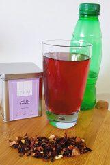 Hladen čaj s sokom aloe vere